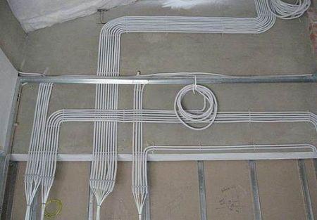 Замена старой электропроводки при ремонте в квартире