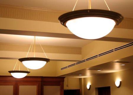 Какие светильники выбрать для освещения прихожей
