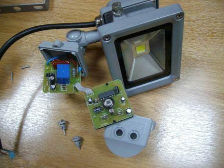 Как отремонтировать светодиодный прожектор
