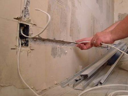 Как заменить электропроводку в квартире своими руками