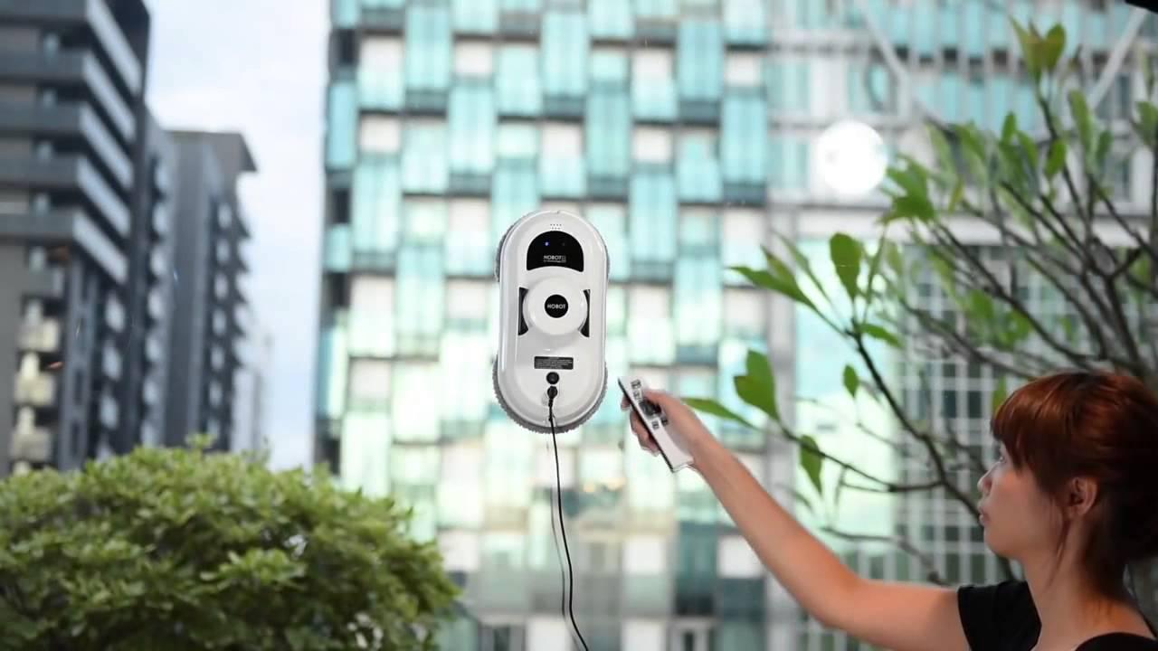 Как работает робот для мойки окон