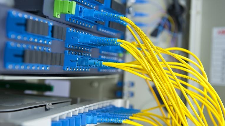 Достоинства оптоволоконного кабеля