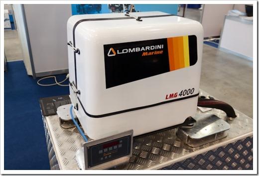 Компактный судовой генератор  Lombardini