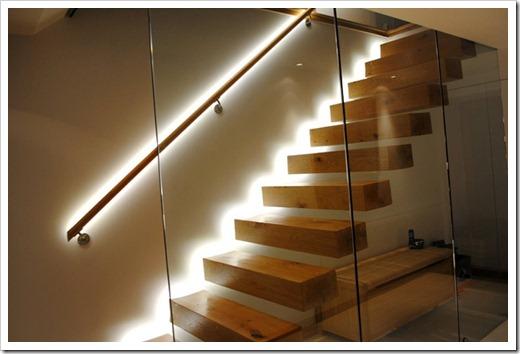 Необходимость освещения домашних лестниц