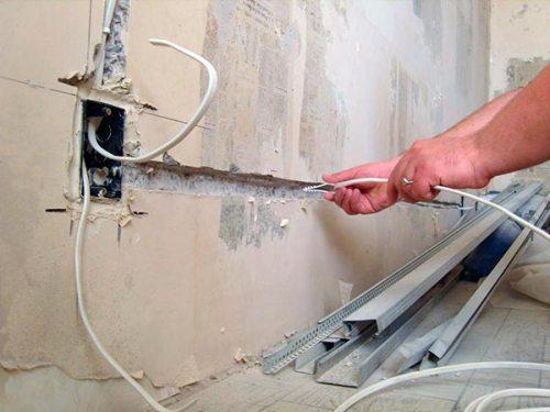 На какой стадии ремонта делать проводку