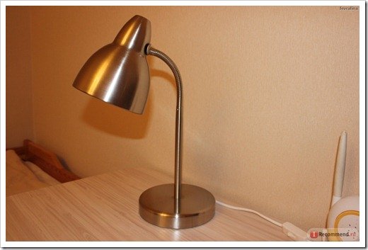 Люминесцентная лампа для стола
