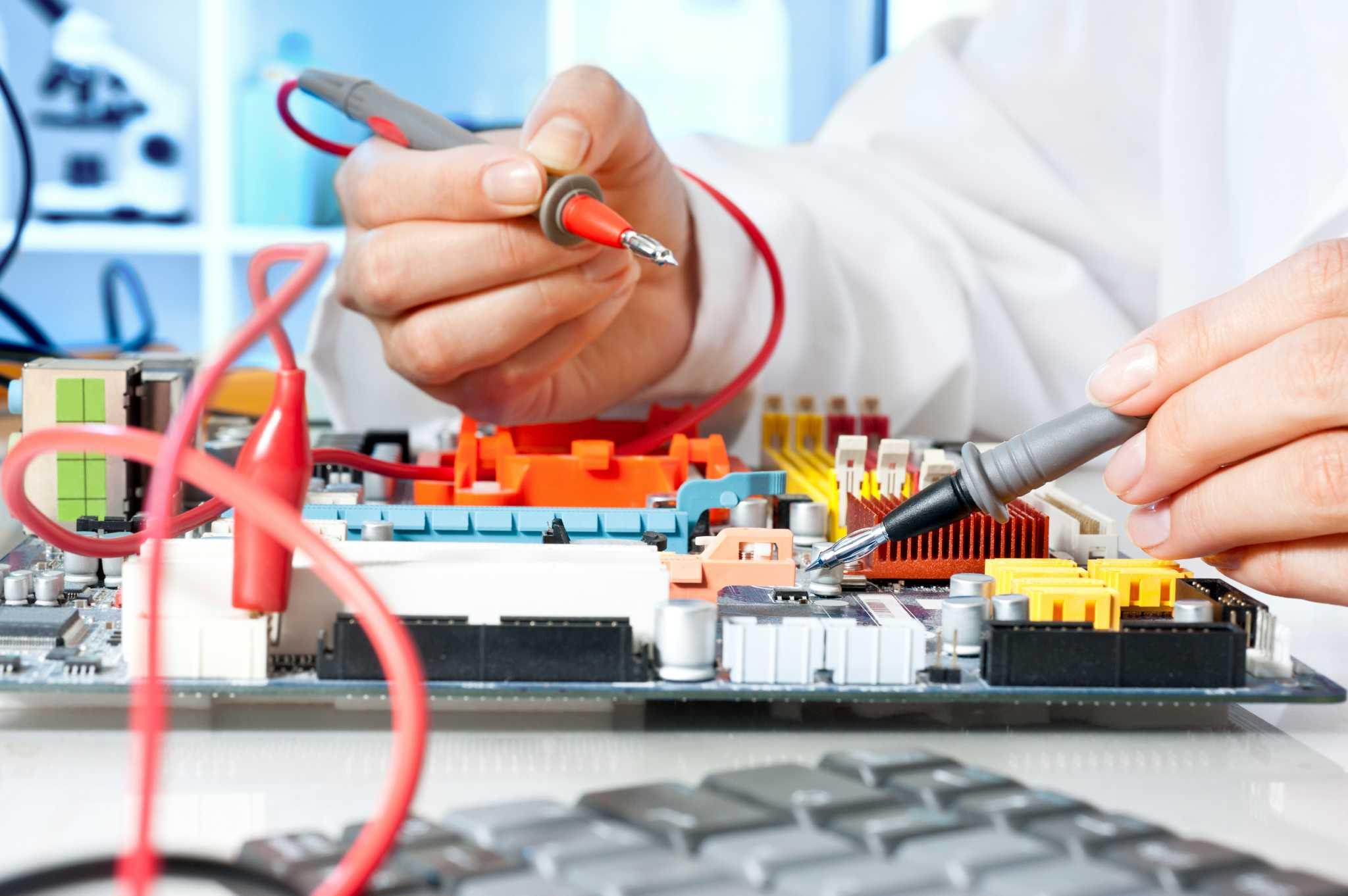 Какой инструмент нужен для работы с электроникой