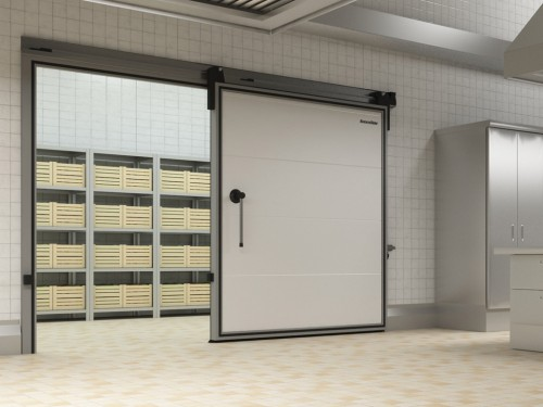 Виды дверей для холодильной камеры