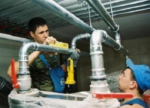 Монтаж водогазопроводных труб