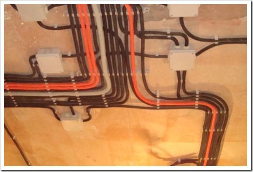 С чего следует начинать электрический монтаж?