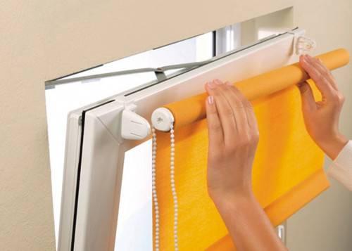 Как установить ролл шторы