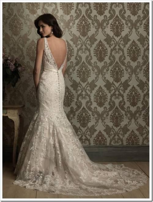 Платье-годе и свадебный костюм