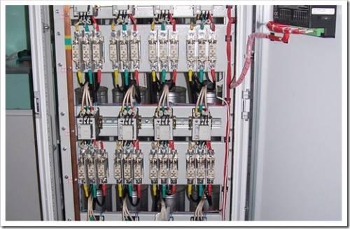 Компенсационные установки не защищены от выхода из строя!