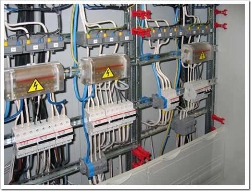 Сложность электромонтажа в коммерческих объекта на порядки выше