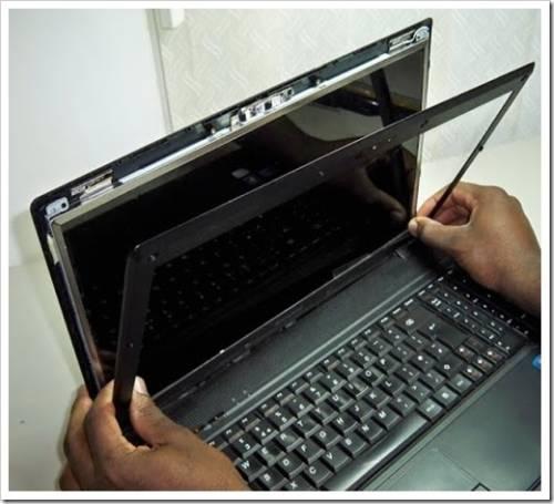 Починить матрицу ноутбука не представляется возможным