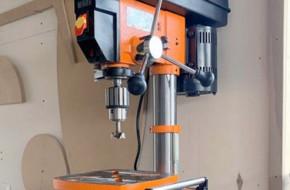 Как выбрать сверлильный станок по металлу для домашней мастерской