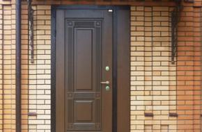 Какую входную дверь поставить в частный дом