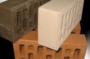 Что такое керамический кирпич и чем отличается от силикатного?