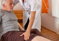 Как восстановиться после перелома шейки бедра пожилому человеку