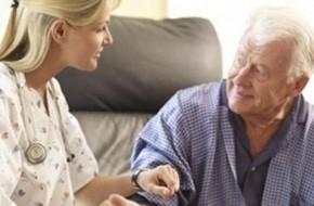 Как найти сиделку для пожилого человека?