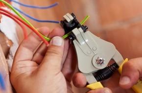 Как правильно заменить электропроводку